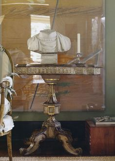 elegant classic interior livingroom drawingroom Suzanne Rheinstein At Home
