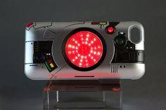 キングストーン内蔵。LEDで光る「仮面ライダーBLACK」の変身ベルト風iPhoneケース(動画あり)