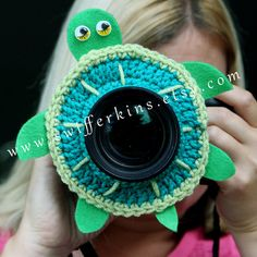 Check out this item in my Etsy shop https://www.etsy.com/listing/200607850/green-turtle-lens-buddy-camera-critter