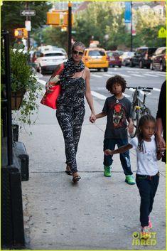 Heidi Klum takes her kids Leni, Henry, Johan and Lou to dinner on July 7, 2013