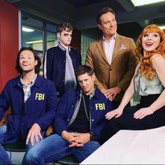The Supernatural, Supernatural Pictures, Supernatural Wallpaper, Castiel, Supernatural Episodes, Jensen Ackles, Sam E Dean Winchester, Winchester Brothers, Sam Dean