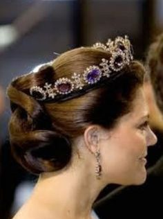 Queen Josephine of Leuchtenberg's Amethyst Tiara. This set of amethysts was originally owned by Napoleon's first wife, Empress Joséphine. She left it to her son, Eugène de Beauharnais, whose daughter, became queen of Sweden. - (on Crown Princess Victoria) Royal Crown Jewels, Royal Crowns, Royal Tiaras, Royal Jewelry, Tiaras And Crowns, Pageant Crowns, Jewellery, Bling Jewelry, Wedding Jewelry