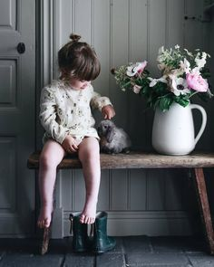 Children discovered by Ma Vie on We Heart It Cute Little Baby, Little Babies, Little Ones, Cute Babies, Little Girls, Children Photography, Boy Fashion, Cute Kids, Kids Outfits