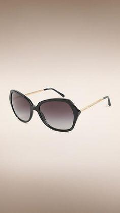 Óculos de sol com armação quadrada da coleção Gabardine   moda ... 1112cc504e