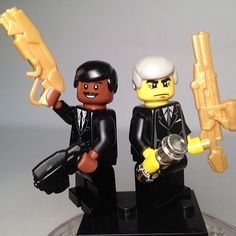 We have several custom Lego guns being featured with these Men In Black Minifigures.  The Head Hunter Pistol, the Resistance Sniper, and the Grinder Shotgun.  But I think it shows off the grinder the best.  Agent J. knows how to shoot!  Great custom minifigs and a great use of our custom Lego weapons :) #Lego #Minifigure #BrickWarriors #guns #weapons #shotgun #pistol #sniper #MIB #meninblack #movies