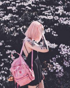 ˗ˏˋ 𝙵𝚘𝚕𝚕𝚘𝚠 : 𝙴𝚖𝚒𝚜𝚎𝚡𝚝𝚛𝚊 ˎˊ˗ Vêtements Goth Pastel, Pastel Goth Fashion, Pastel Grunge, Soft Grunge, Pastel Pink, Esthétique Goth, Grunge Goth, Grunge Hair, Grunge Style