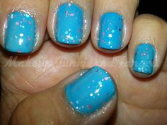 Makeup Junkie and Fangirl: Blue Jelly Mani