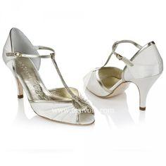 Un look perfecto para una novia vintage   Zapatos y Complementos de Novia - EGOVOLO
