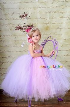 Rapunzel tutu dress by Your Sparkle Box . I will be getting this for my daughter before our disney trip next year! Little Princess, My Princess, Princess Room, Kids Tutu, Tutus For Girls, Little Girl Dresses, Flower Girl Dresses, Princesa Tutu, Sparkle Box
