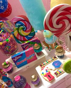 Erika Cool Party's Birthday / Candys - Photo Gallery at Catch My Party Candy Theme Birthday Party, Candy Party, Birthday Parties, Birthday Gifts, Birthday Ideas, Jojo Siwa Bows, Girl 2nd Birthday, Bookmarks Kids, Candyland