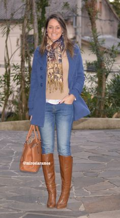 Look de trabalho - look do dia - look corporativo - moda no trabalho - work outfit - office outfit - winter outfit - fall outfit - frio - look de inverno - inverno - bota caramelo - caramel boots - casaco azul - blue coat - jeans - casual friday