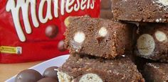 An easy biscuit recipe - Chocolate Cake with Maltesers and Digestive Biscuits