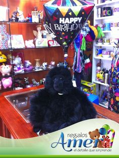 Gorila, festejando cumpleaños. en: www.regalosamer.com.mx