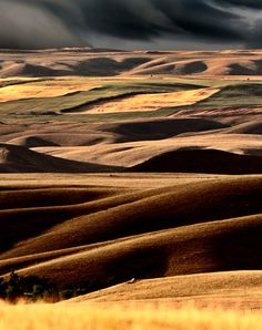 Big Muddy Valley of Saskatchewan by Mark Duffy / Places Around The World, Around The Worlds, Canadian Prairies, Saskatchewan Canada, Canada Eh, Photos Voyages, Le Far West, What A Wonderful World, Canada Travel