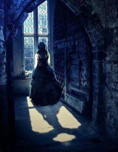 Luce fro the Fallen book series by Lauren Kate Fallen Series, Fallen Book, Fallen Saga, Dark Gothic, Gothic Art, Dark Fantasy Art, Dark Beauty, Gothic Beauty, Dark Romance