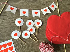 Llega San Valentín Valentine Theme, Valentines Day Decorations, Valentine Gifts, Party In A Box, Ideas San Valentin, Anniversary Gifts, Picnic, Scrapbook, Tbs
