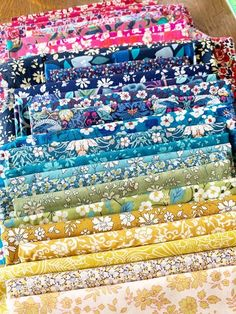 Liberty Lawns color palette for quilt Liberty Of London Fabric, Liberty Fabric, Amy Smart, Hand Sewing Projects, Organize Fabric, English Paper Piecing, Lawns, Cool Tools, My Favorite Part