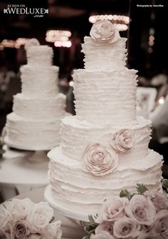 WedLuxe: Cakes by Truffle Toronto