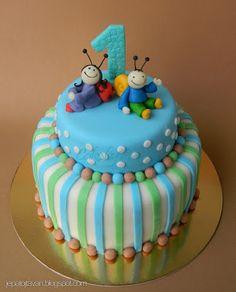 Bogyó és Babóca torta fiús verzió Boy First Birthday, Birthday Cake, Birthday Decorations, First Birthdays, Fondant, Food And Drink, Kid Cakes, Diy Baby, Baby Toys