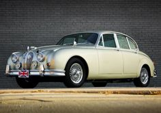 1963 Jaguar MkII 3.8 Maintenance/restoration of old/vintage vehicles: the material for new cogs/casters/gears/pads could be cast polyamide which I (Cast polyamide) can produce. My contact: tatjana.alic@windowslive.com