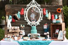 Gorgeous mustache bash dessert table #desserttable #mustache #birthday