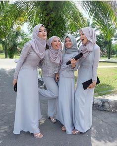"1,052 Likes, 25 Comments - Inspirasi Gaun Kebaya Muslim (@gaunkebayamuslim) on Instagram: ""Inspired by @nindyaauliar Mari Berbagi Inspirasi kebaya dan dress cantikmu, Tag @gaunkebayamuslim…"""