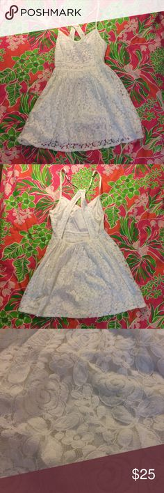 [Abercrombie & Fitch] White Lace Open Back Dress! Adorable sundress! Size medium. Worn a few times but in fantastic condition. Perfect for this summer!! I'm happy to answer any questions. All offers considered! Abercrombie & Fitch Dresses Mini