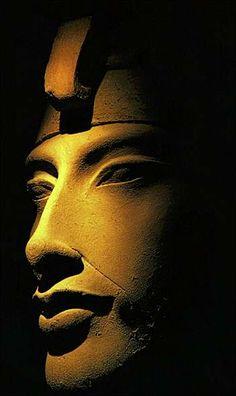 """Akhenaton: """"Father of Monotheism"""""""