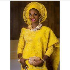#asoebi #asoebispecial #speciallovers #wedding #makeup  Makeup @oshewabeauty herself Asooke by @bimmms24  Planner @ipcevents  @laphyphotography