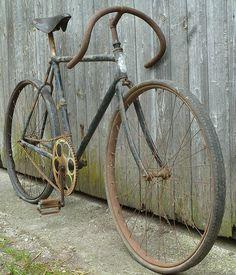 Retro Bicycle, Old Bicycle, Bicycle Wheel, Bicycle Art, Old Bikes, Bicycle Design, Velo Vintage, Vintage Cycles, Vintage Bikes