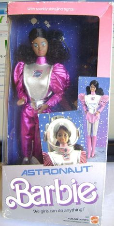 Yes we can do anything!! <3 ASTRONAUT BARBIE BLOND 1985 VINTAGE African American NRFB