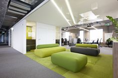 TransferWise Office by Superellips - Office Snapshots