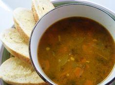 Sopa de Carne com Legumes - Veja mais em: http://www.cybercook.com.br/receita-de-sopa-de-carne-com-legumes.html?codigo=116330