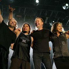 Seen Metallica.in concert. It was the best rock concert ever! James Hetfield, Cliff Burton, Robert Trujillo, Metallica, Music Is Life, Live Music, My Music, Best Rock Bands, Cool Bands