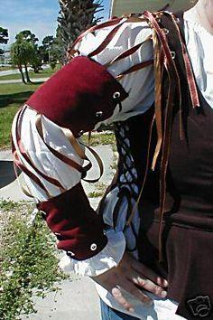 Ren Fair Dress, detail by Bardsboutique.etsy.com