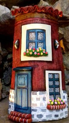 Galeria Tile Crafts, Clay Crafts, Arts And Crafts, Clay Houses, Ceramic Houses, Miniature Houses, Polymer Clay Ornaments, Polymer Clay Projects, Clay Wall Art