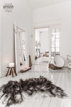 White home deco idea Interior Design Inspiration, Home Decor Inspiration, Interior Ideas, Suites, White Rooms, Scandinavian Home, Home And Deco, White Houses, My New Room