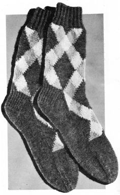 Argyle Socks worked on 2 needles Knitting Pattern Vintage Crafts and More #Knitting