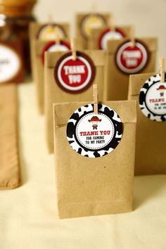 Favor Tags DIY Western Cowboy Party Birthday Party - Printable decoration by www.leelaaloo.com