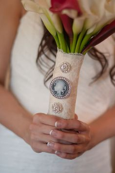 Vintage Wedding Boquet  Photo By GMG Photography