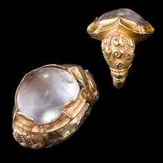 Gold and Crystal Ring, Central Java 9th Century www.ollemans.com SOLD