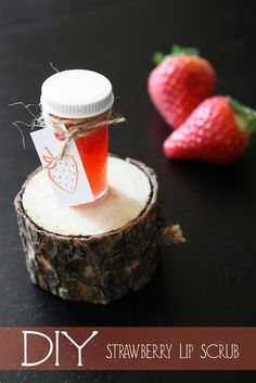 DIY Strawberry lip scrub