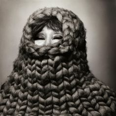A bit strange. Yoko Ono photographed by Solve Sundsbo in some amazing knitted stuff. Love Fashion, Fashion Art, Gros Pull Mohair, Giant Knitting, Big Yarn, Yoko Ono, Wife And Girlfriend, Trends, Couture
