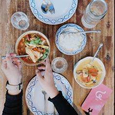 My first proper meal in #Melbourne. Jinda Thai isn't just a big name a bowl of Seafood Tom Yum & Red Curry will tell you the whole story // At @jindamelb  #InijieMelbourne #inijiegram #food #TableToTable #kuliner #culinary
