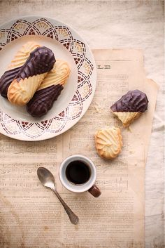 "confectionerybliss: ""Viennese Cookies Source: Happy Living """
