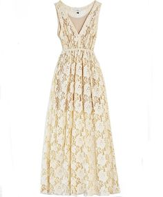 relaxed weddings | The Relaxed Wedding Dress: Under $1200 | WeddingAces