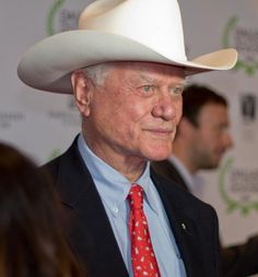 """As a native Texan, I grew up with the famous TV show Dallas. Texas is not Texas without J.R. Ewing. I felt a huge loss when he passed. Here's a wonderful tribute to J.R. called """"Good-bye, J.R. Ewing"""" via @stargazermerc Texas Texans, Dallas Texas, Dallas Tv Show, Larry Hagman, Men Tv, Loving Texas, Texas Pride, Cary Grant, Stars At Night"""