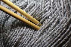 Häkeln, Stricken, Sticken, Handarbeiten sind wieder angesagt. Im Zuge des Handarbeitsfieber bieten wir hier einige gesammelte Webseiten, Foren, weiterführende Links zum Thema Handarbeit, Häkeln, Stricken, auch zum beliebten Mützen häkeln. Schönes Forum zum Thema Hobby-Häkeln, Stricken, Nähen, Sticken, Basteln, Teilweise werden Fotos von den erstellten Handarbeitsstücken gezeigt. www.wunderkessel.de Der Schwerpunkt dieser Webseite liegt auf Sticken, Maschinensticken, Nähen, Downloads mit…