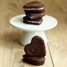 25 Valentine's Day Treats | Berries and Red velvet