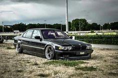 BMW E38 7 series black slammed